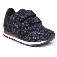 Sandra Pearl Sneaker - 402