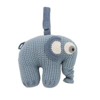 Hæklet musikuro, elefanten Fanto, powder blue