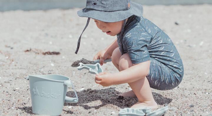Baby og børn på stranden