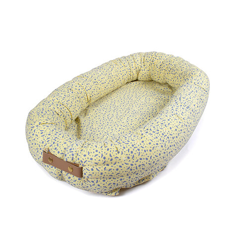Cosmos daydream - babynest, Pale banana