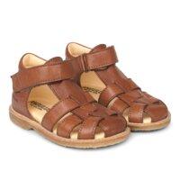 Begynder sandal med velcrolukning - 1545