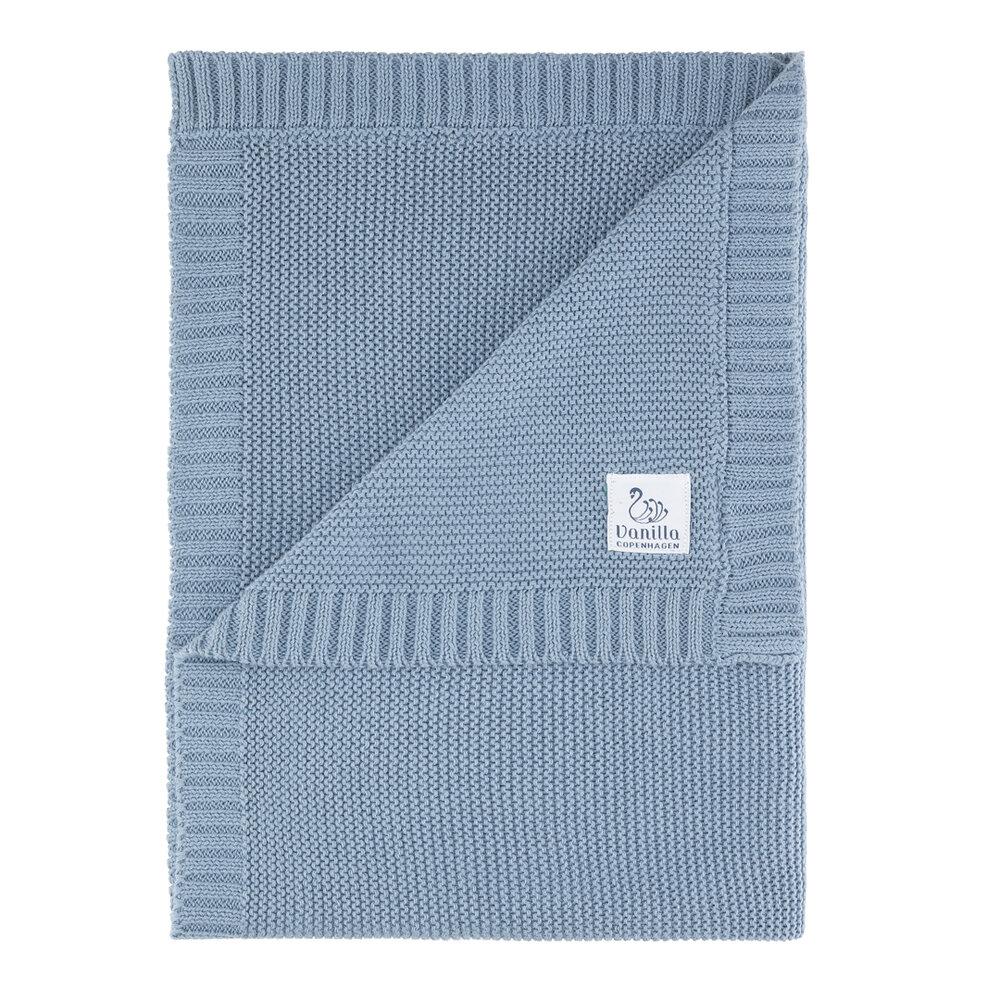 Image of VANILLA COPENHAGEN Babytæppe strikket blue shadow (af544f7f-f39b-4953-8feb-2538fc310aa0)