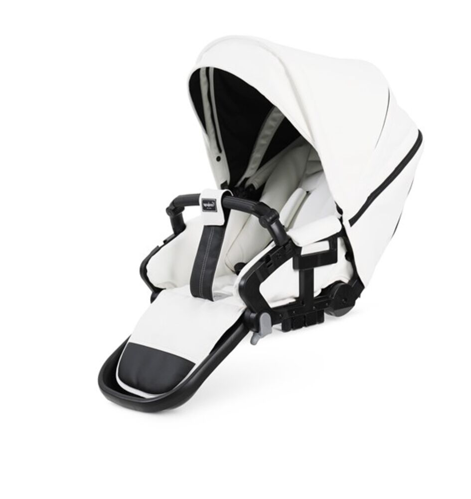 Image of Emmaljunga NXT sæde FLAT - leatherette white (ca0640f8-0840-4f4d-8241-a6de837382bd)