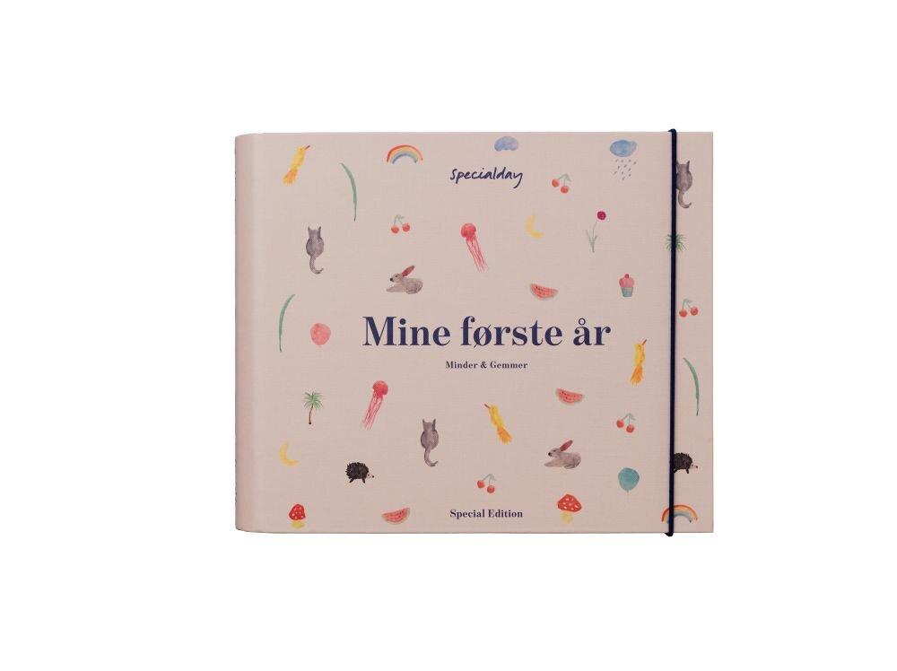 Image of Specialday Mine Første År - Minder Og Gemmer - Rosa (fd20fda8-3ebe-4135-8628-0d8e33ea9199)