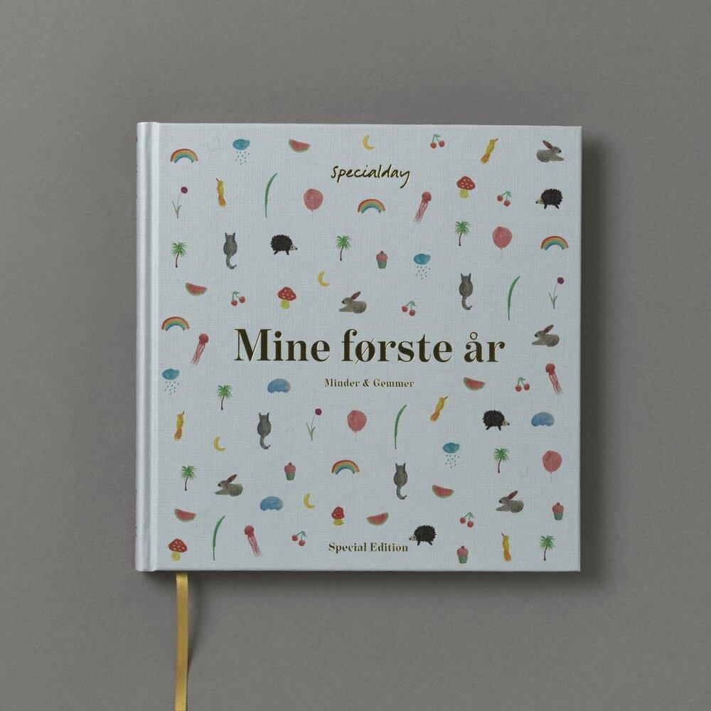 Image of Specialday Mine Første År Special Edition - Dreng (2a6de304-b5d9-493c-9a77-592c6764fc4d)