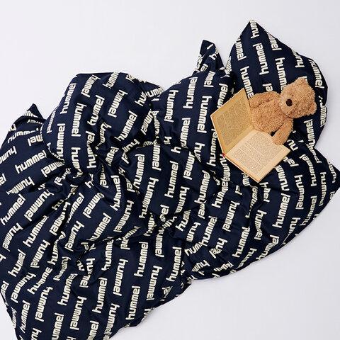 Pop sengetøj 140x200 - Black Iris